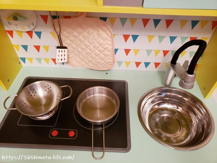 トイザらス限定木製ままごとキッチン台所