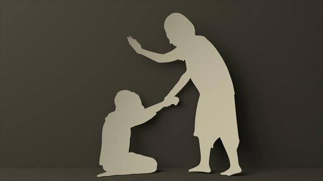 暴力をふるう母親